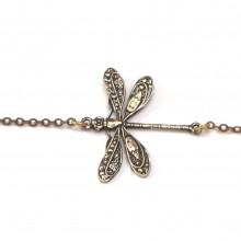bracelet libellule pres