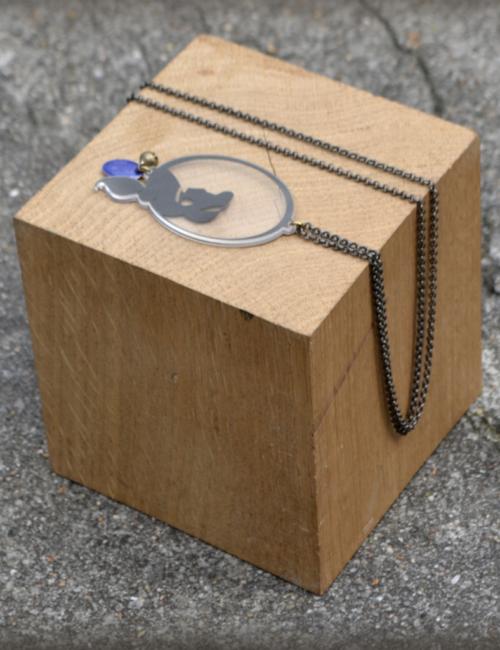 sautoir-jasmine-cube